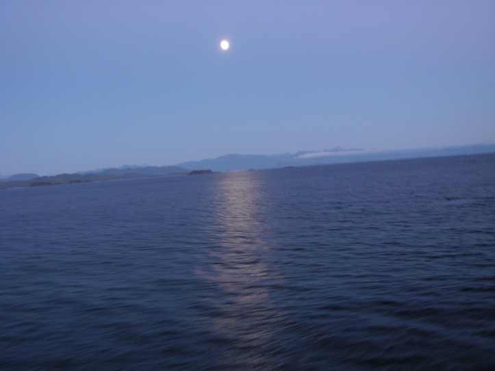 Full Moon, Intercoastal waterway, Alaska